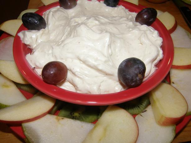 Eggnog Cream Cheese Dip W/Fresh Fruit Wreath