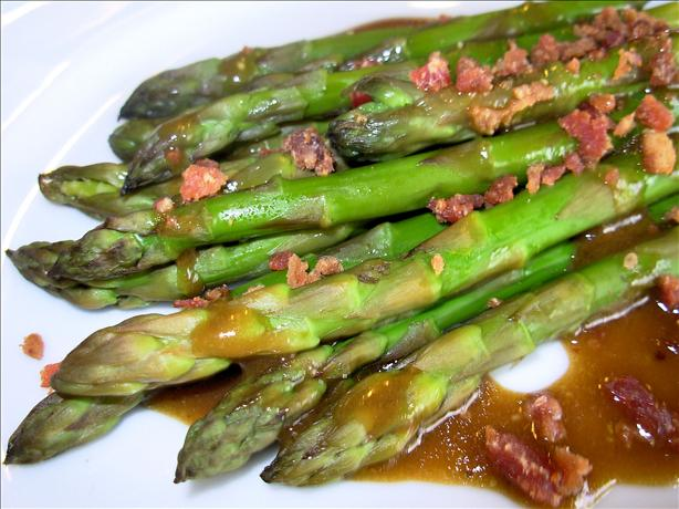 Asparagus With Bacon, Red Onion, and Balsamic Vinaigrette