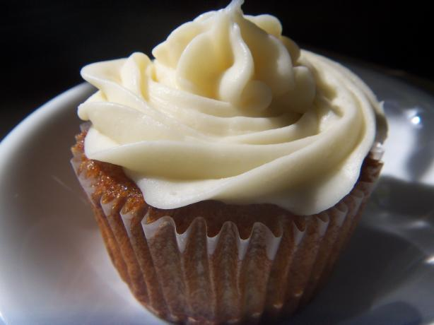 Banana Walnut Cupcakes With Cream Cheese Frosting