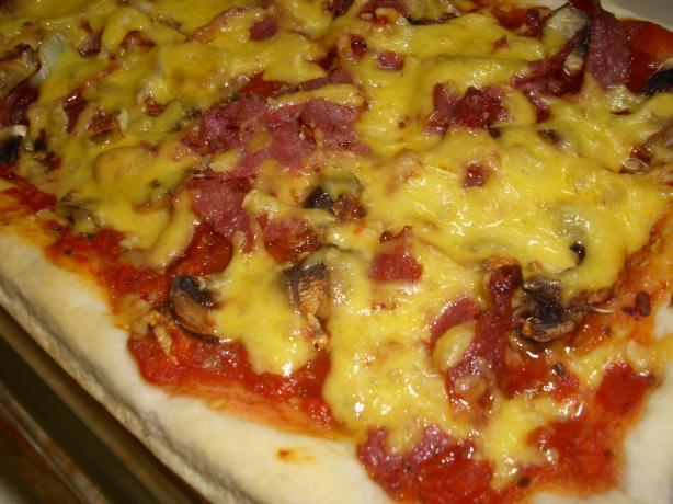 Restaurant Pizza Crust (Bread Machine)
