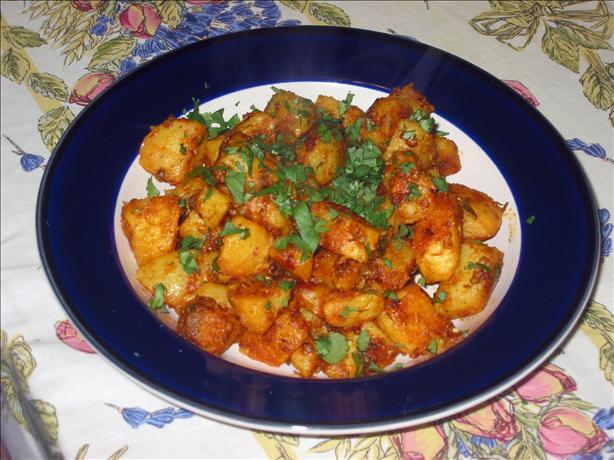 Khasta Aloo (Spicy Pan Fried Potatoes)