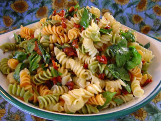 Spinach-Tomato Pasta Salad