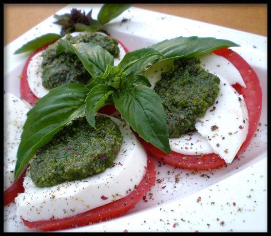 Italian Flag Salad (Caprese)