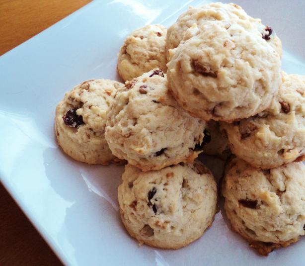 Raisin-Sunflower Seed-Vanilla-Cookies
