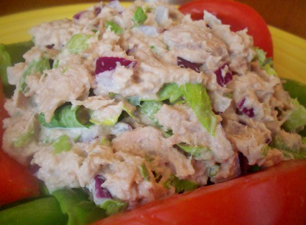 Tuna, Red Onion, and Parsley Salad