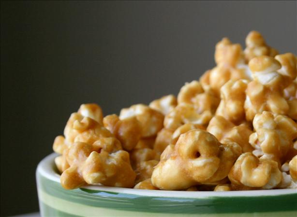 The Easiest and Best Caramel Corn I've Ever Made