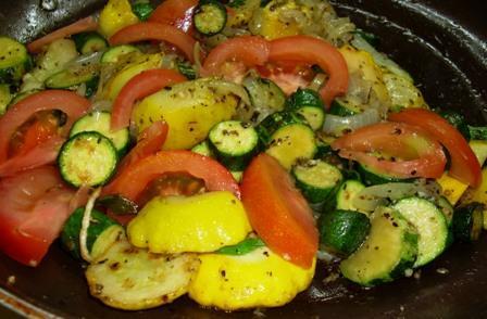 Zucchini & Onions With Mozzarella Cheese