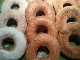 Amazing Gluten-Free Buttermilk Donuts / Doughnuts