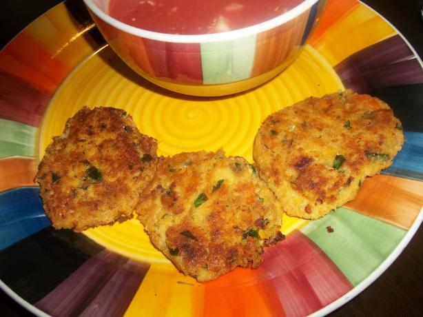 Crispy Cajun Chickpea Cakes (Vegan)