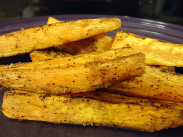 "Spicy Baked Sweet Potato ""fries"""
