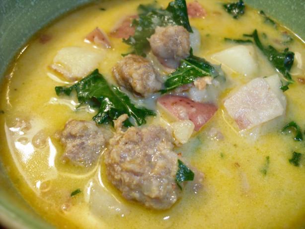 Tuscan Potato Soup (Zuppa Toscana)