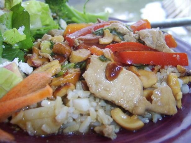 Chicken, Cashews, Red Pepper and Scallion Stir Fry