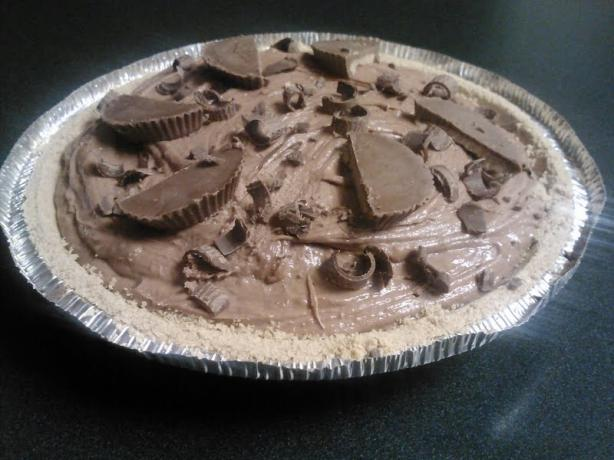 Super-Rich No-Bake Chocolate Peanut Butter Pie