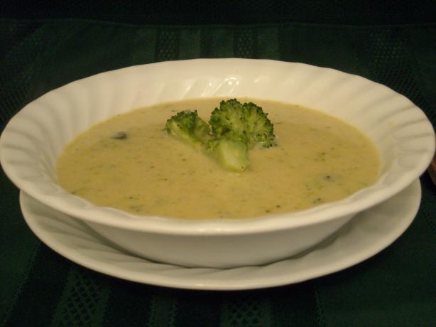 Broccoli Cheese Soup - 20 Minute fast and low fat