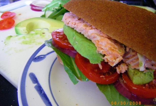 Smoked Salmon Burger (Tomato, Red Onion and Avocado)