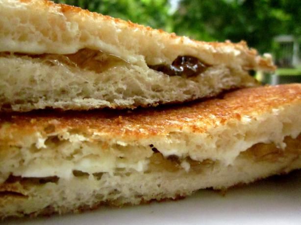 Grilled Cream Cheese Sandwich