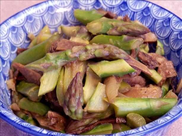 Sauteed Asparagus With Shiitake Mushrooms