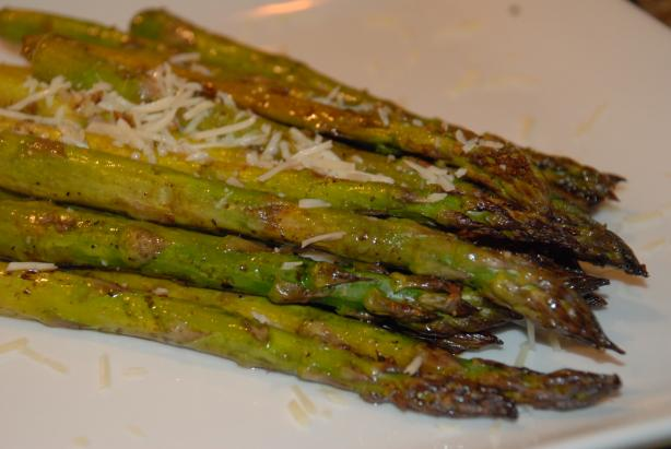 Balsamic Roasted Asparagus With Garlic