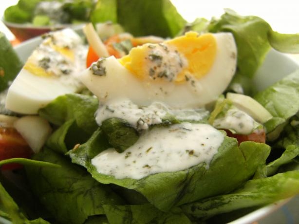 Loaded Salad With Yogurt Dressing