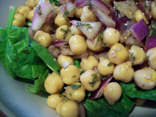 Chickpea and Spinach Salad With Cumin Dressing and Yogurt Sauce