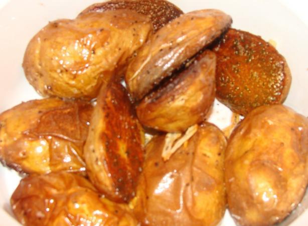 Crisp Garlic Yukon Gold Potatoes