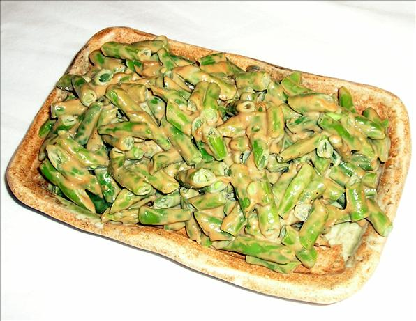 Green Beans with Peanut Dressing