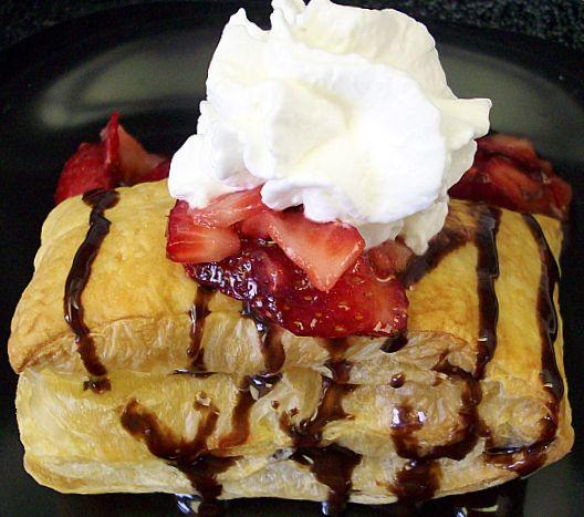 Strawberry Shortcake (Puff Pastry)