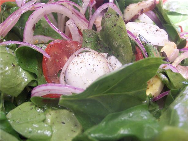 Spinach and Mushroom Salad With Citrus Vinaigrette