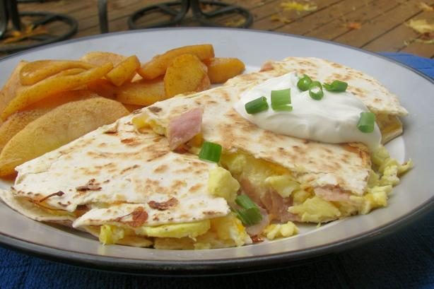 Nif's Egg, Ham and Cheese Breakfast Quesadillas