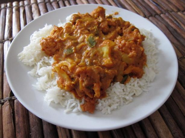 Butter Chicken (Or Cauliflower) With Cashews