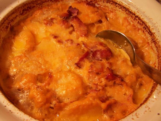 Cheesy Scalloped Potatoes and Bacon