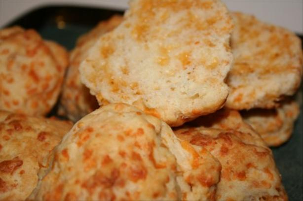 Garlic-Cheddar Cheese Biscuits