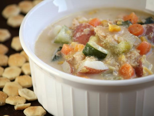 Hearty Salmon Chowder