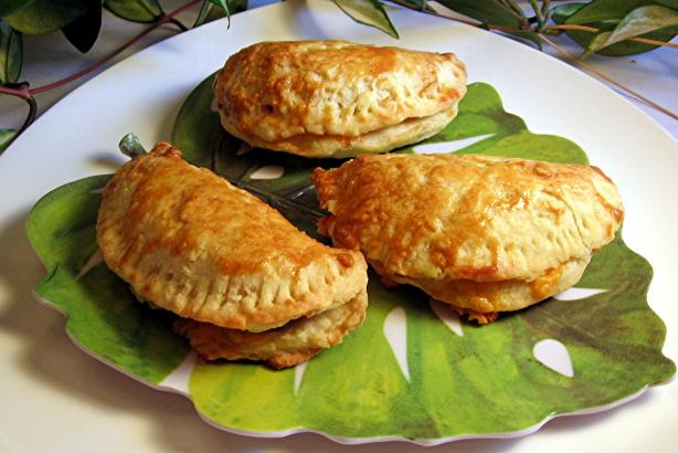 Empanadas With Ham, Cheese and Olives