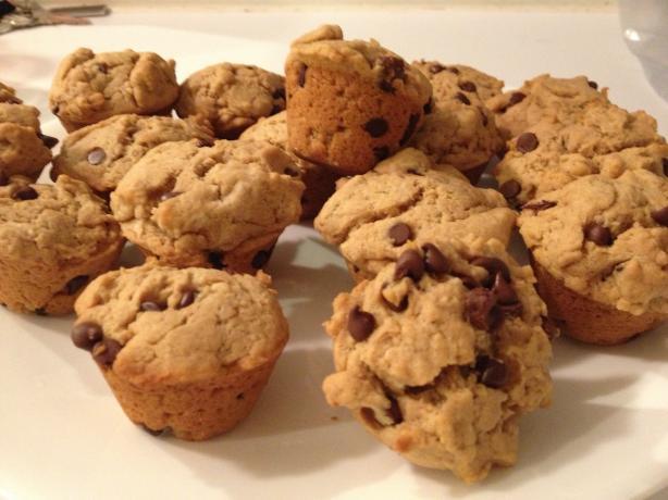 Peanut Butter Chocolate Chip Mini Muffins
