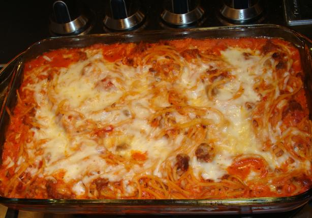 On the Fly Spaghetti Pie - Baked Spaghetti
