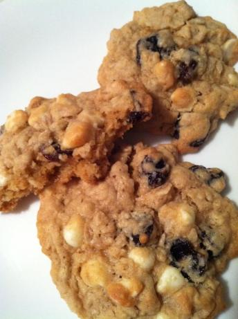 Dried Cherry and White Chocolate Oatmeal Cookies