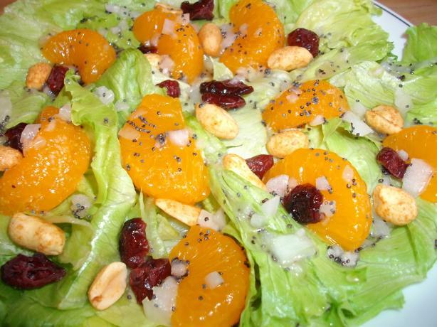 Mandarin Orange Salad With Peanuts