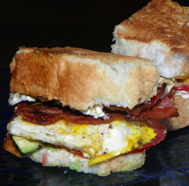 Bacon, Egg & Avocado Sandwich (Paula Deen)
