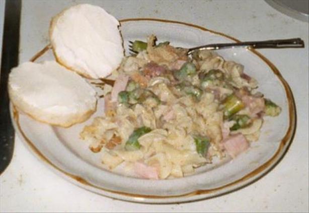 Ham, Asparagus, and Pasta Casserole
