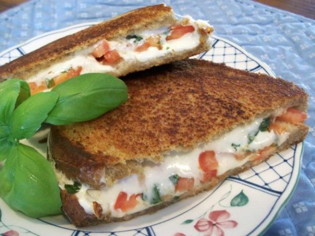 Grilled Tomato & Cheese
