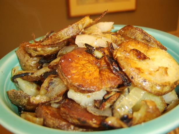 Easy Fried Potatoes & Onions