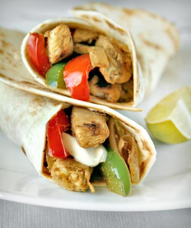 Chicken Fajitas With Lime, Garlic and Bell Peppers