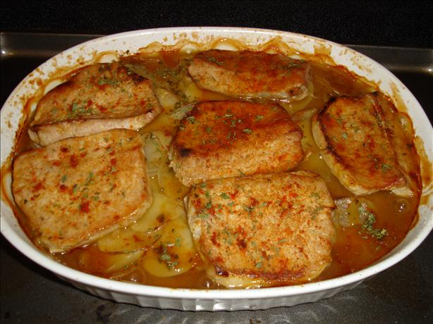 Pork Chops With Scalloped Potatoes and Onions