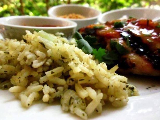 Jasmine Rice With Garlic, Ginger, and Cilantro