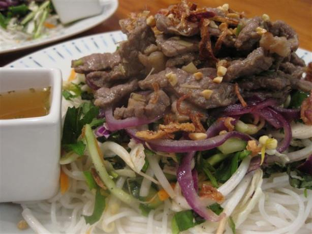 Lemongrass Beef and Onion Noodle Salad (Bun Bo)