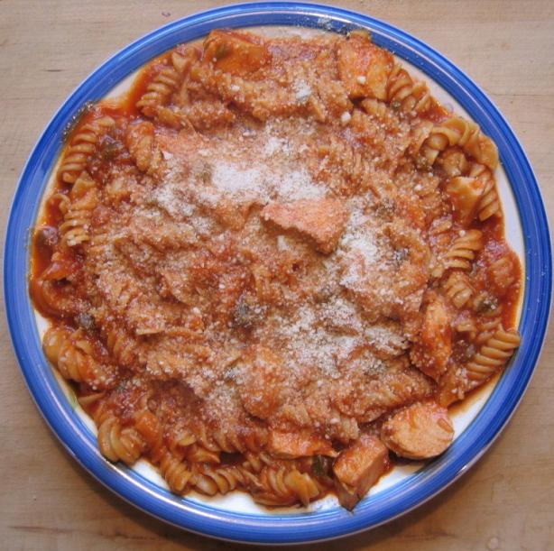 Chicken Spaghetti With a Tomato Sauce Base