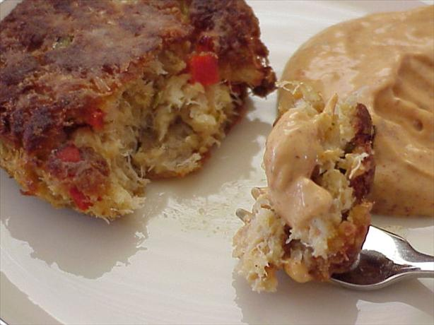 Crab Cakes With Whole Grain Mustard Remoulade