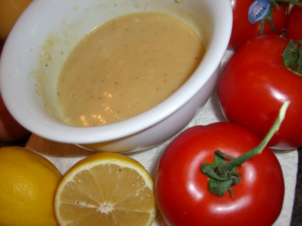 Fresh Lemon Vinaigrette Dressing (Zitronenvinaigrette)