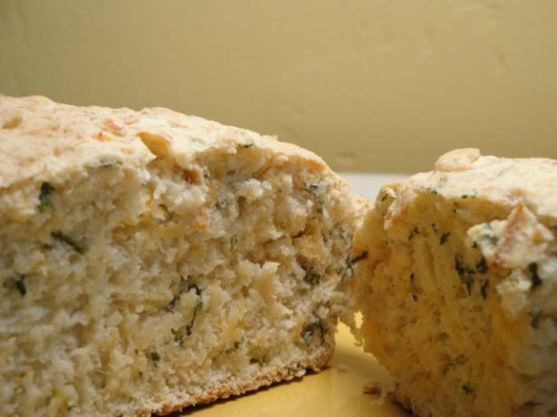 Cheese and Herb Damper